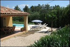 holiday villa provence - les oliviers - covered terrace
